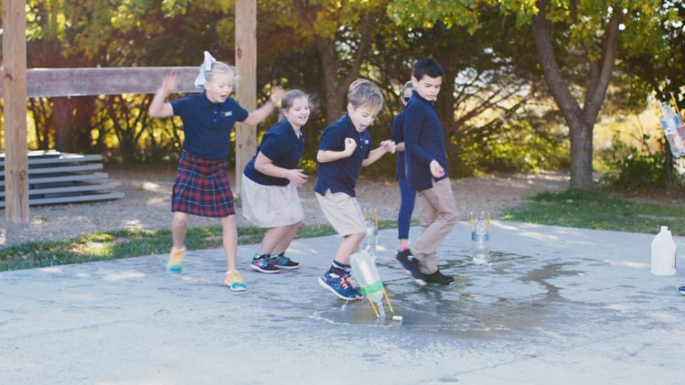 "Why Outdoor Learning is Becoming the ""New"" Classroom"